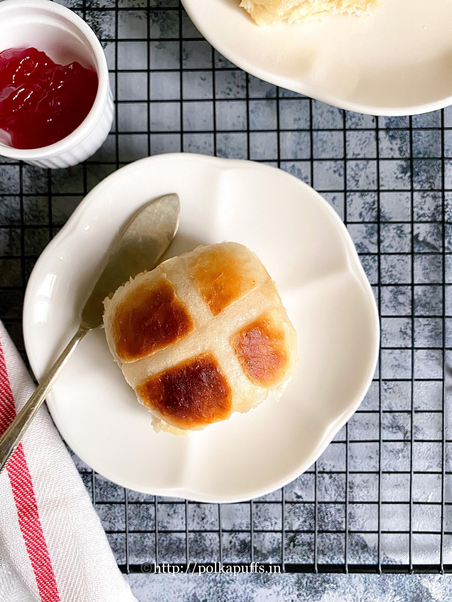 Egg Free Hot Cross Buns final 4