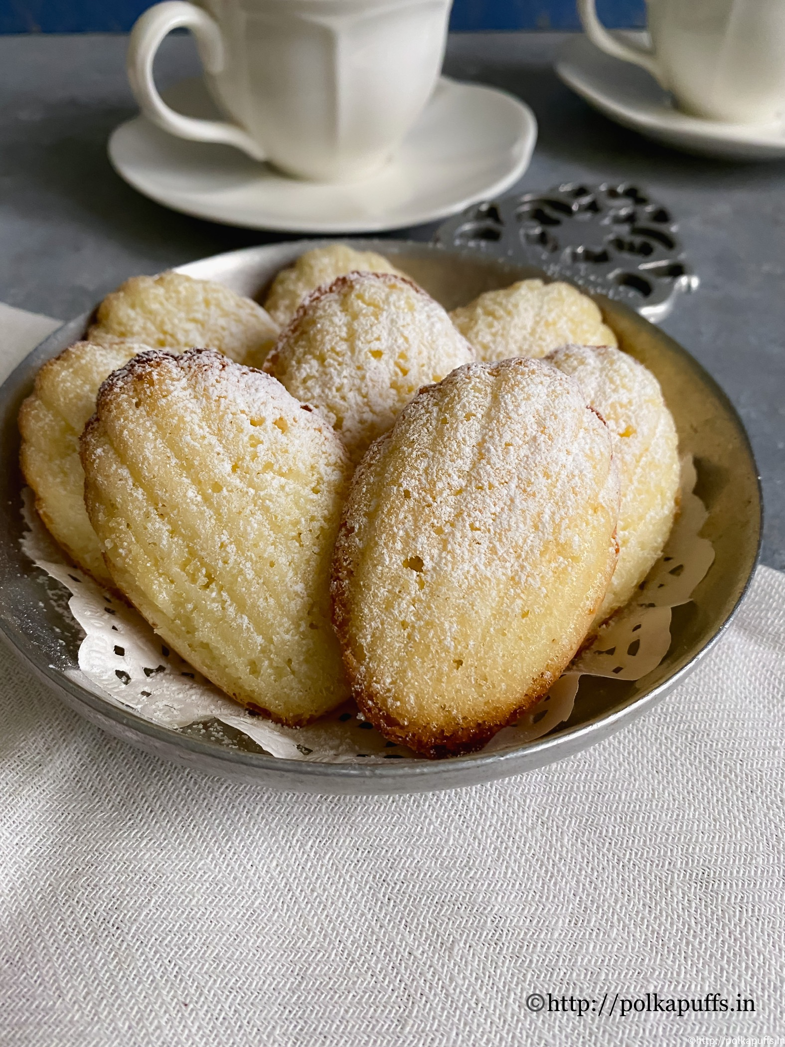 Classic french madeleines final 1