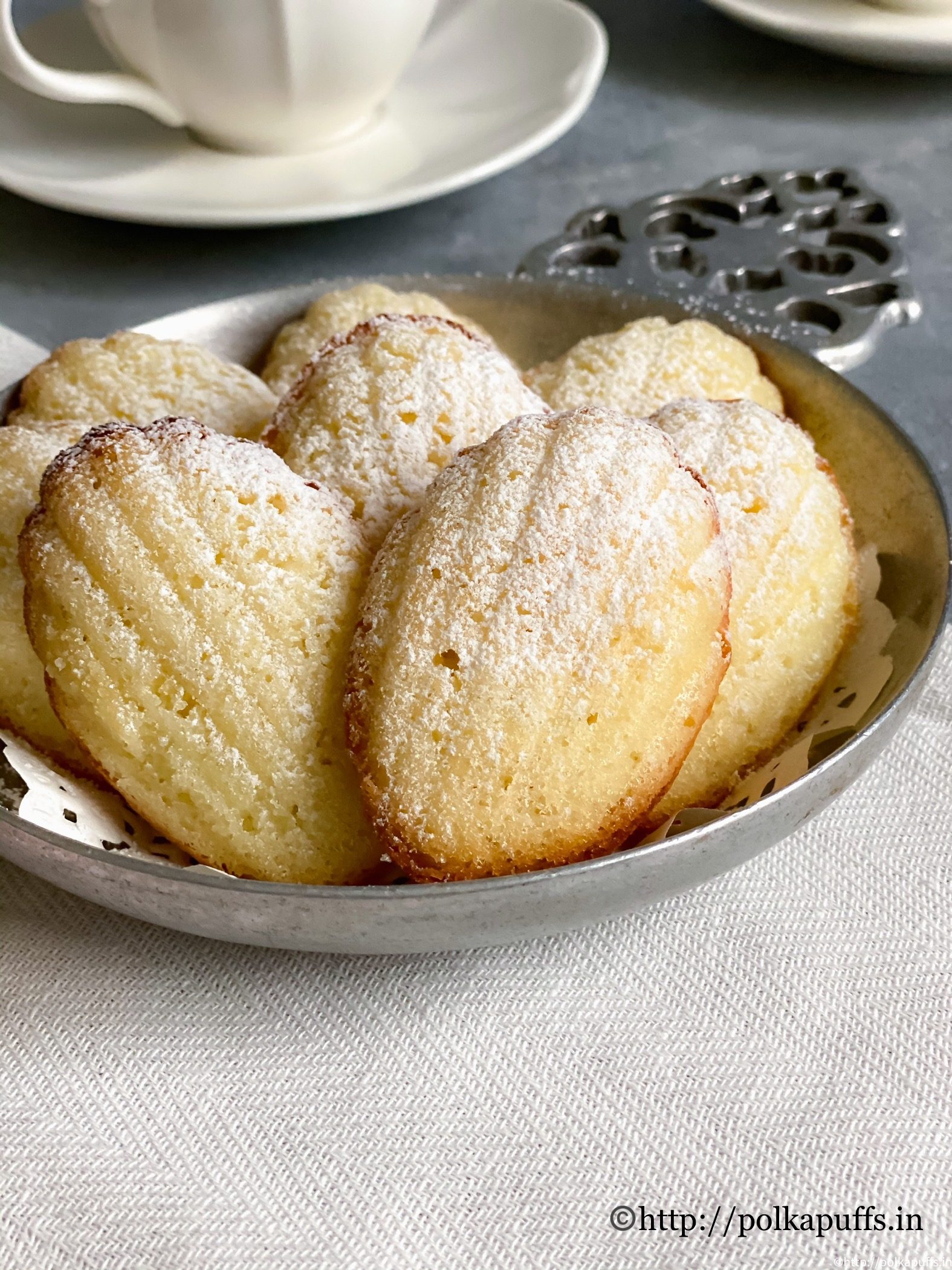 Classic french madeleines final 3